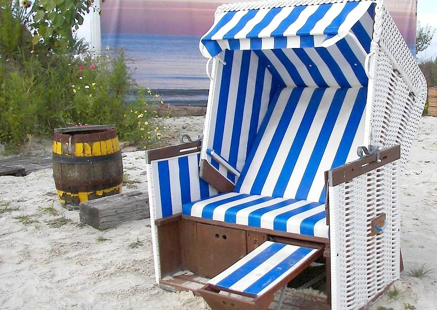 der strandkorb die alternative zur gartenliege. Black Bedroom Furniture Sets. Home Design Ideas