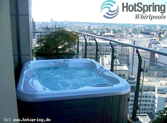 whirlpool outdoor balkon. Black Bedroom Furniture Sets. Home Design Ideas